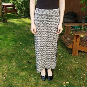 Creme & Black Patterned Maxi Skirt With Side Slits